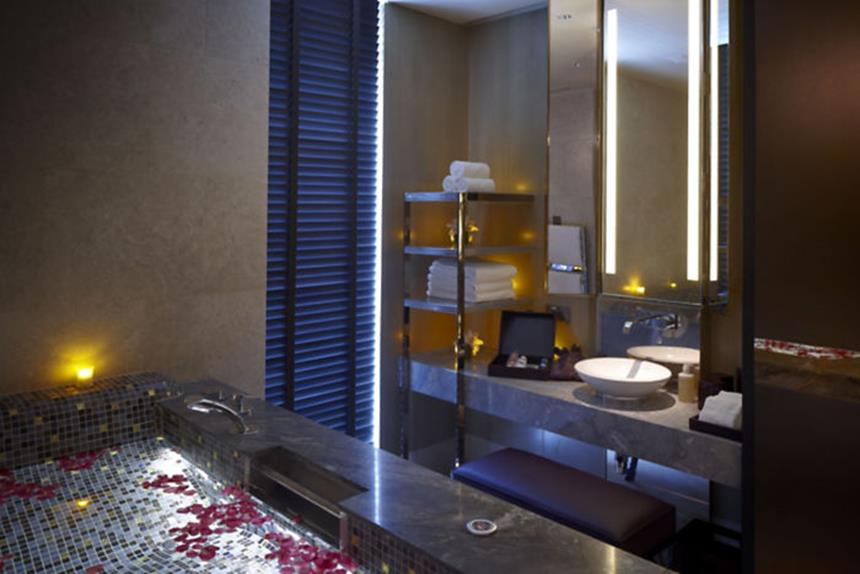 Mandarim Oriental Singapore Spa Couples-suite e Vitality pool Foto: Divulgação
