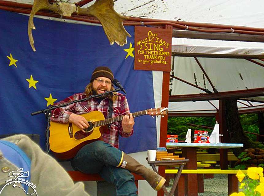 Juneau: Música ao vivo no almoço na fazenda