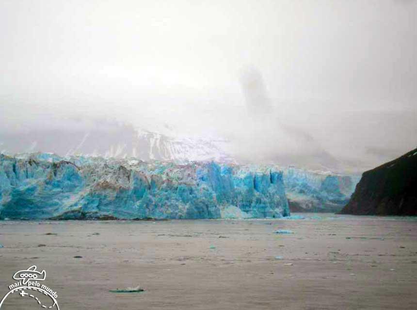Geleira Hubbard-momento de uma avalanche