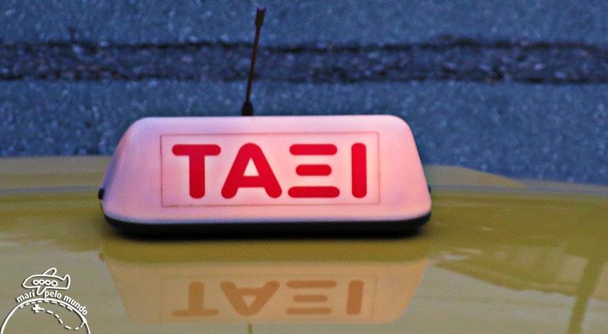 Táxi em Atenas
