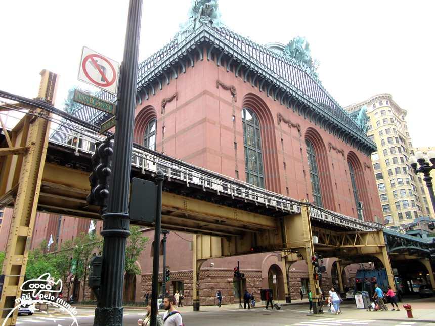 EL - o sistema de trem elevado no metro de Chicago