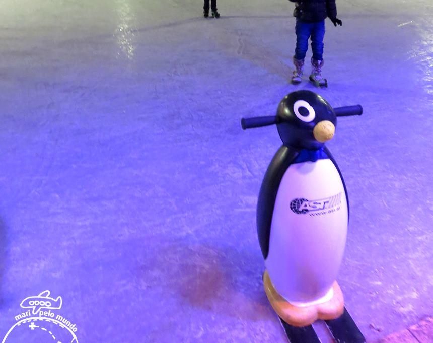 Ice World Viena - Pinguim de apoio