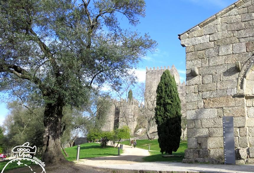 Castelo de Guimarães e São Miguel do Castelo