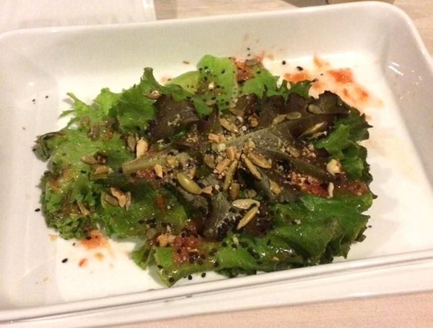 """Salada direto da """"hortinha"""" do hotel"""