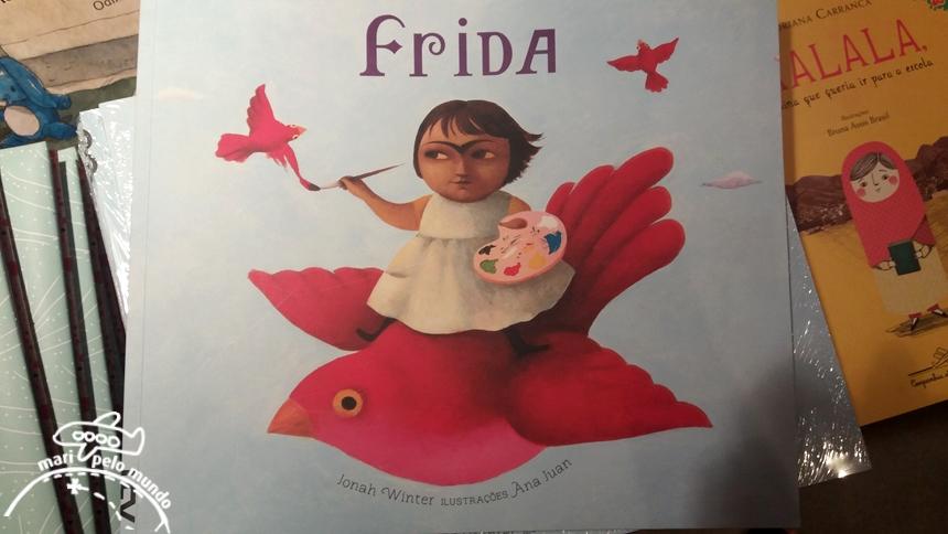 Livro Infantil Frida