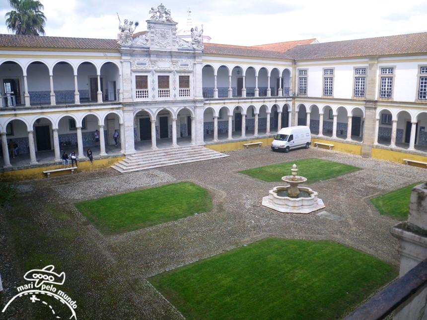 Evora - Universidade de Évora
