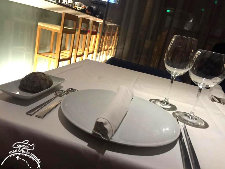 Restaurante Brac em Braga, Portugal - ambiente e mesas