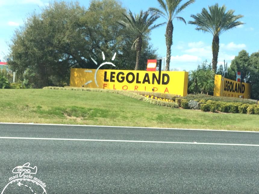 9 - Entrada da Legoland