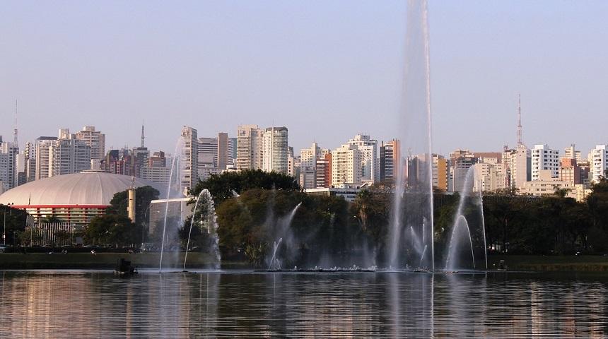 lake-1206245_1280