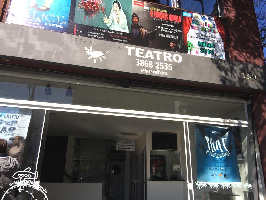 1 - Entrada do Teatro Viradalata
