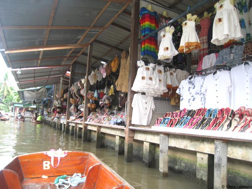 Mercado flutuante (2)