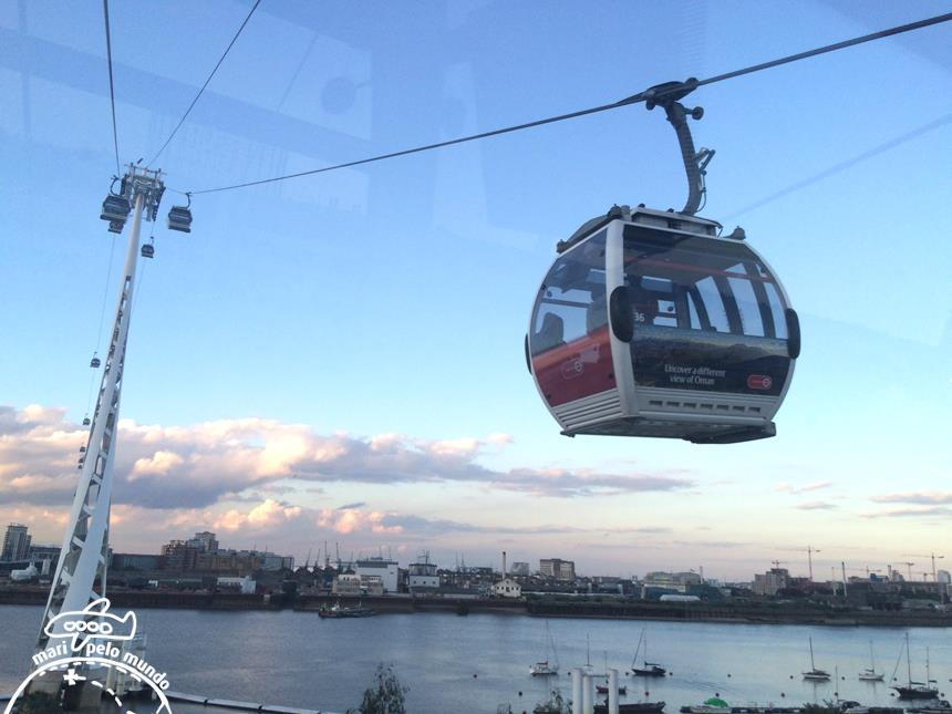 3-emirates-air-line-cable-car-copy