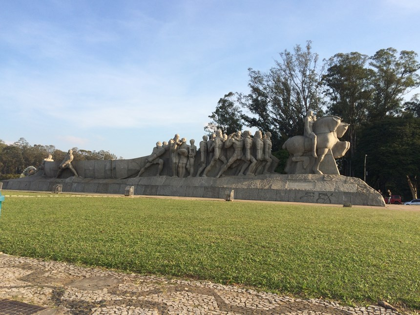 7-monumento-as-bandeiras-copy