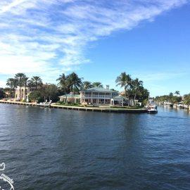 A bela Fort Lauderdale num passeio de barco pelos canais