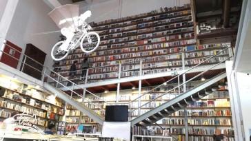 Livrarias em Portugal: Ler Devagar na LX Factory em Lisboa