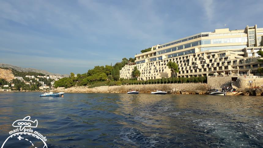 Saída do Hotel Palace