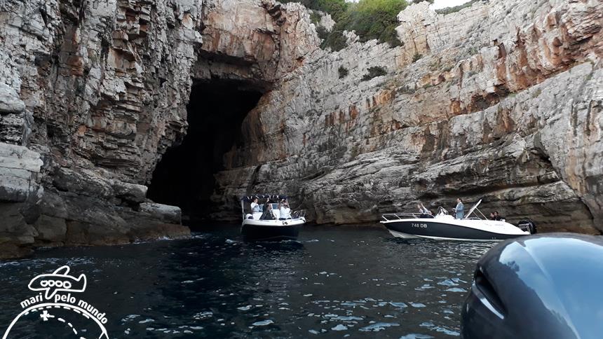 Dream cave - rochas do Adriático