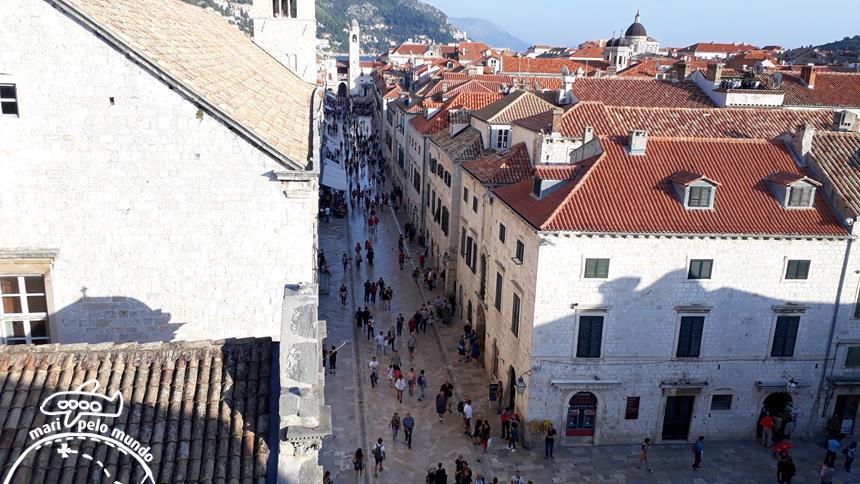 Passeio pela Muralha de Dubrovnik - vista para a cidade antiga