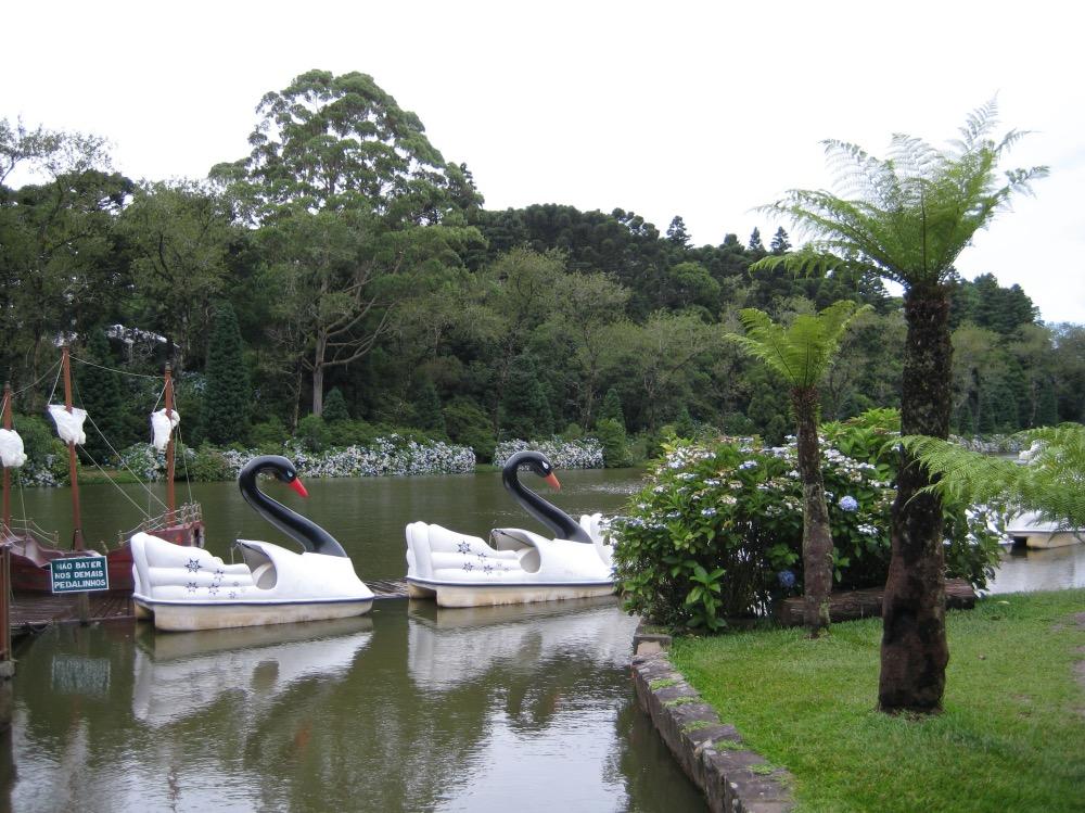 Pedalinho Lago Negro Gramado